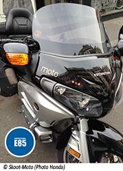 Les-taxis-motos-plebiscitent-le-Superethanol-E85